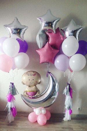 Девочка на месяце с шарами (вариант 1) из воздушных шаров