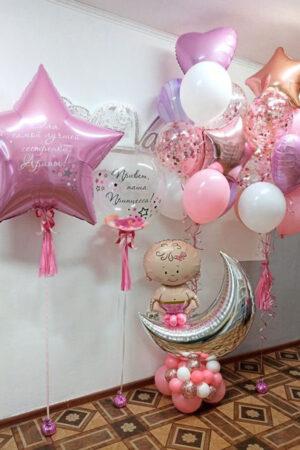 Девочка на месяце с шарами (вариант 2) из воздушных шаров