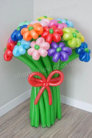 Букет Весенний карнавал из воздушных шаров