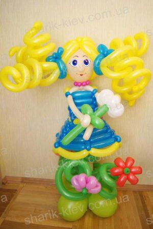 Девочка с бантами из воздушных шаров