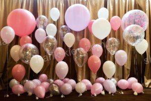Фотозона Свадебная из воздушных шаров