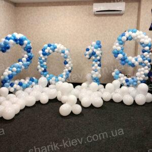 Фотозона Новогодняя из воздушных шаров