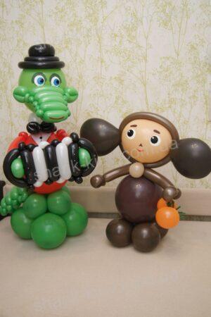 Гена и Чебурашка из воздушных шаров