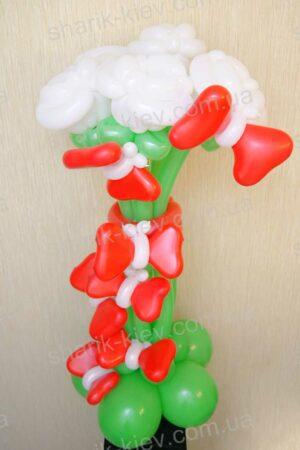 Стойка Розы и Бабочки из воздушных шаров