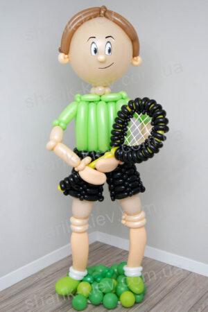 Теннисист из воздушных шаров